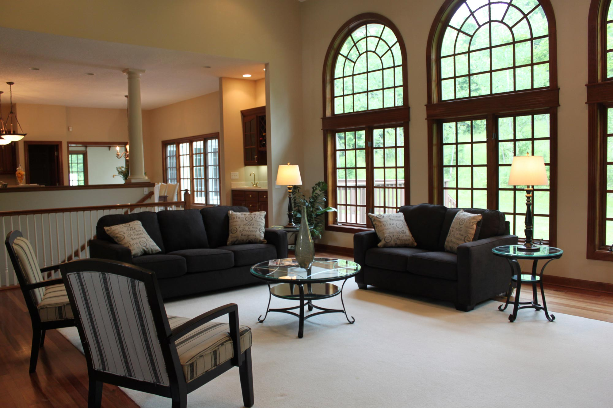 best sectional furniture the within stores ethan broyhill couches with ia favorite right des sofa transitional moines sofas